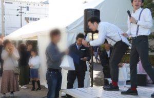 三重県の企業イベントに名古屋芸人ピカソが出演