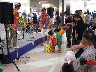 名古屋のお笑いプロダクション「どっかんプロ」!お子様向けイベントから高齢者向けライブまでお任せ